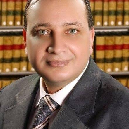 خالد عزب